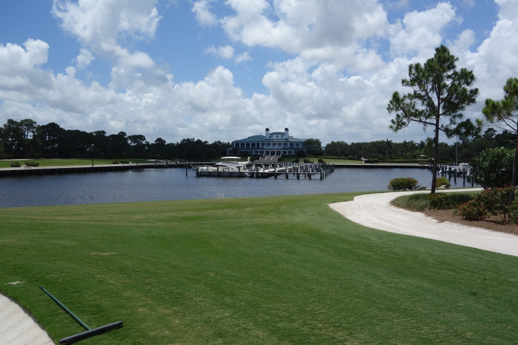 Clubhouse from 18th green