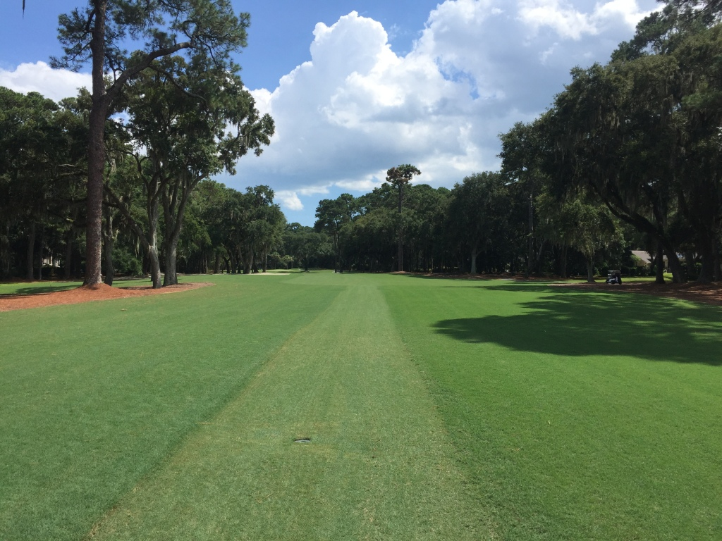 Hole 11, Par 4, 413 yards